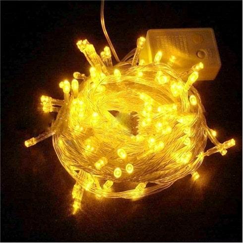 dây đèn trang trí màu vàng